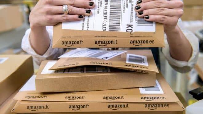 Amazon investigates staff bribery claims